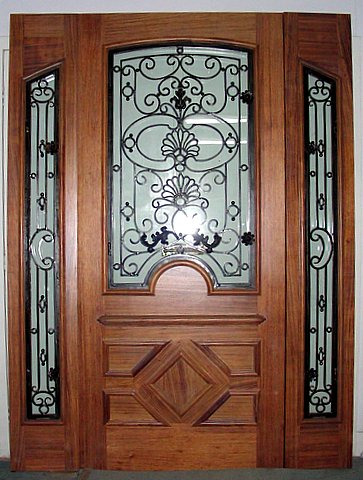 GORGEOUS SINGLE DOOR WITH IRON PLUS SIDELITES