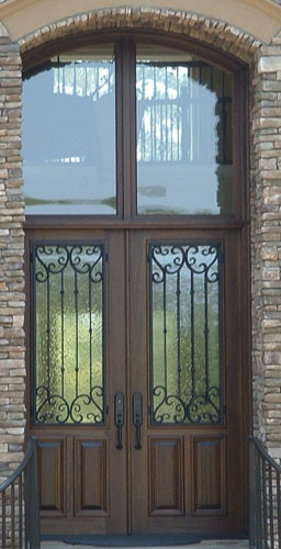 DOUBLE DOOR IRON AND WOOD