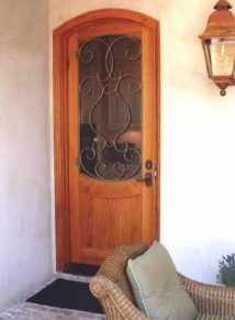 SINGLE WOOD DOOR WITH IRON