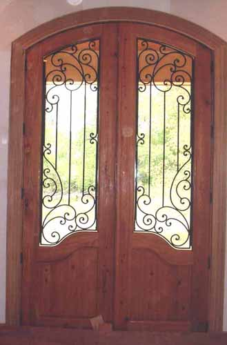 ARCH TOP WOOD DOOR WITH IRON