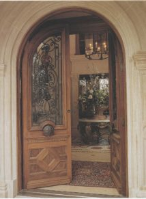 ROUND TOP DOUBLE DOOR WITH IRON